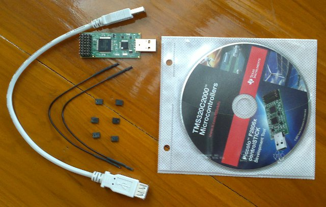 TI Piccolo controlSTICK, development tools CD, USB cable, jumpers and cables