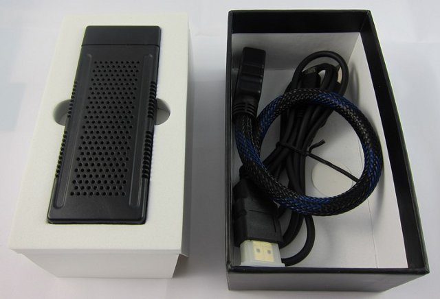 Inside the box of ug802