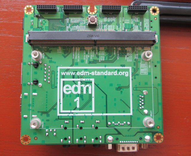 Wandboard Baseboard with EDM Connector