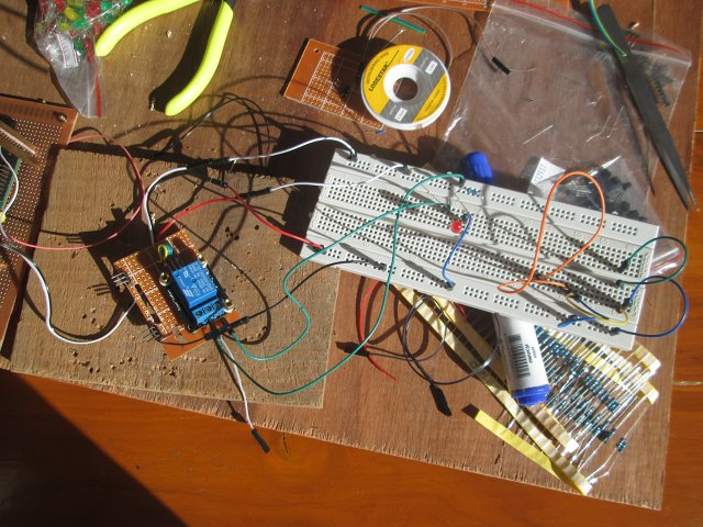 Raspberry_Pi_Relay_Breadboard