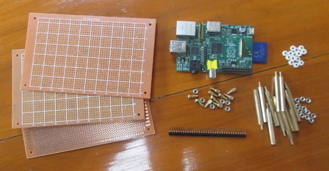 Raspberry_Pi_Stripboard_Casing_Accessories