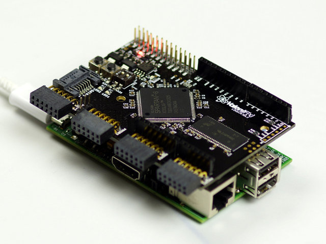 LOGi-Pi Connected to the Raspberry Pi
