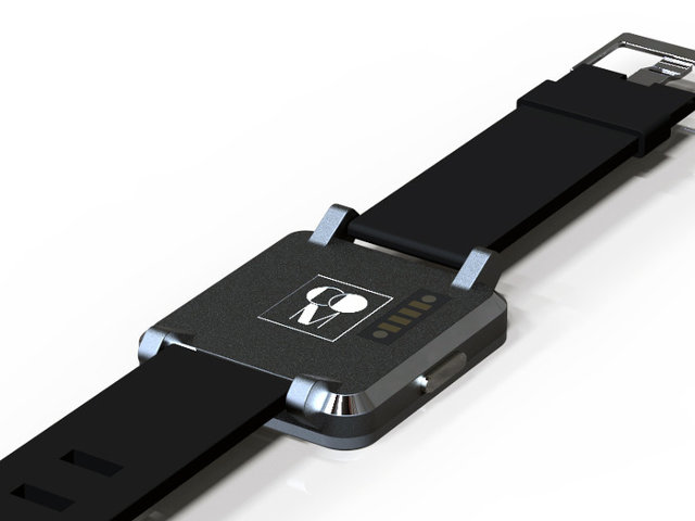Back of Com 1 Smartwatch with 4-pin for Charging