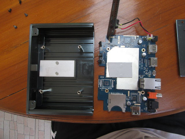 OpenHour_RK3288 Board and Enclosure / Heatsink (Click to Enlarge)