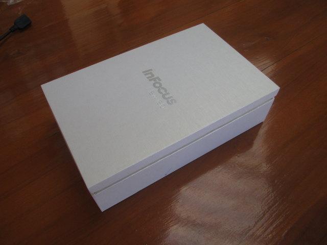 Infocus_C2107_Package