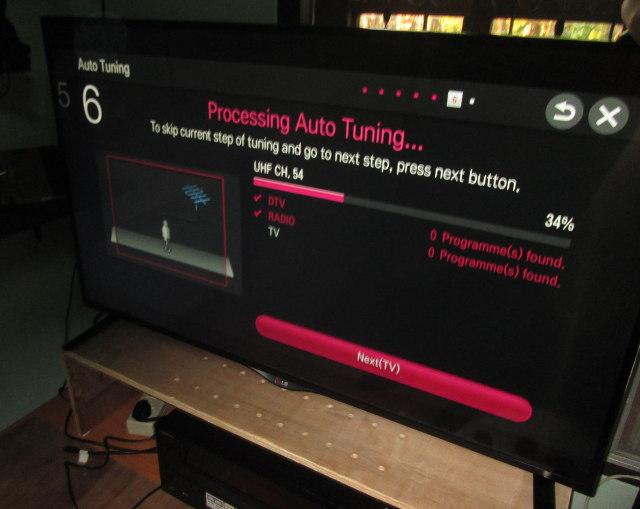 LG 42UB820T 4K UHD TV Review