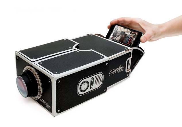 Smartphone_Cardboard_Projector