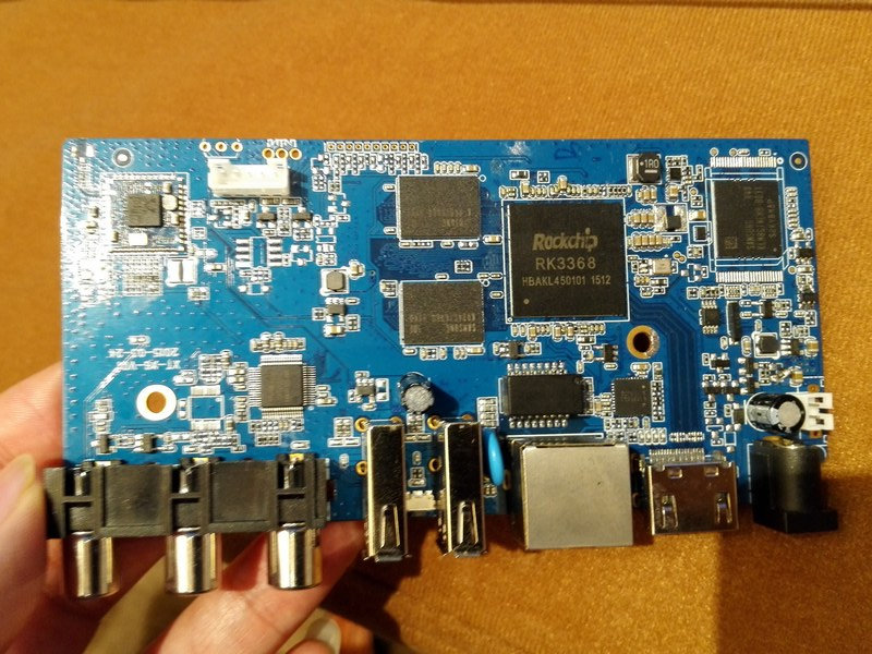 Rockhcip RK3368 TV Box Board (Clikc to Enlarge)