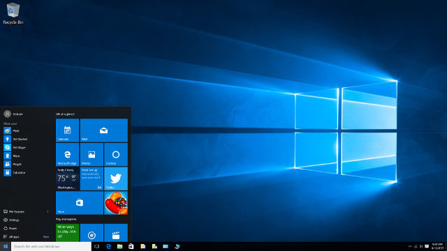 Windows 10 Desktop (Click for Original Size)