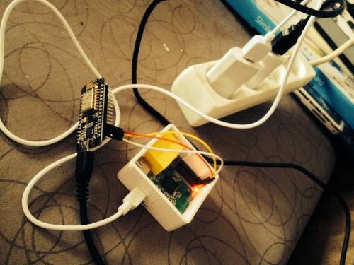 ESP8266_Wifi_to_Serial_Debug_Board