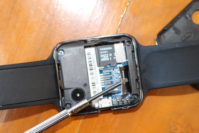 D3_Smartwatch_32GB_micro_SD