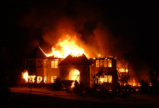 House_in_Fire