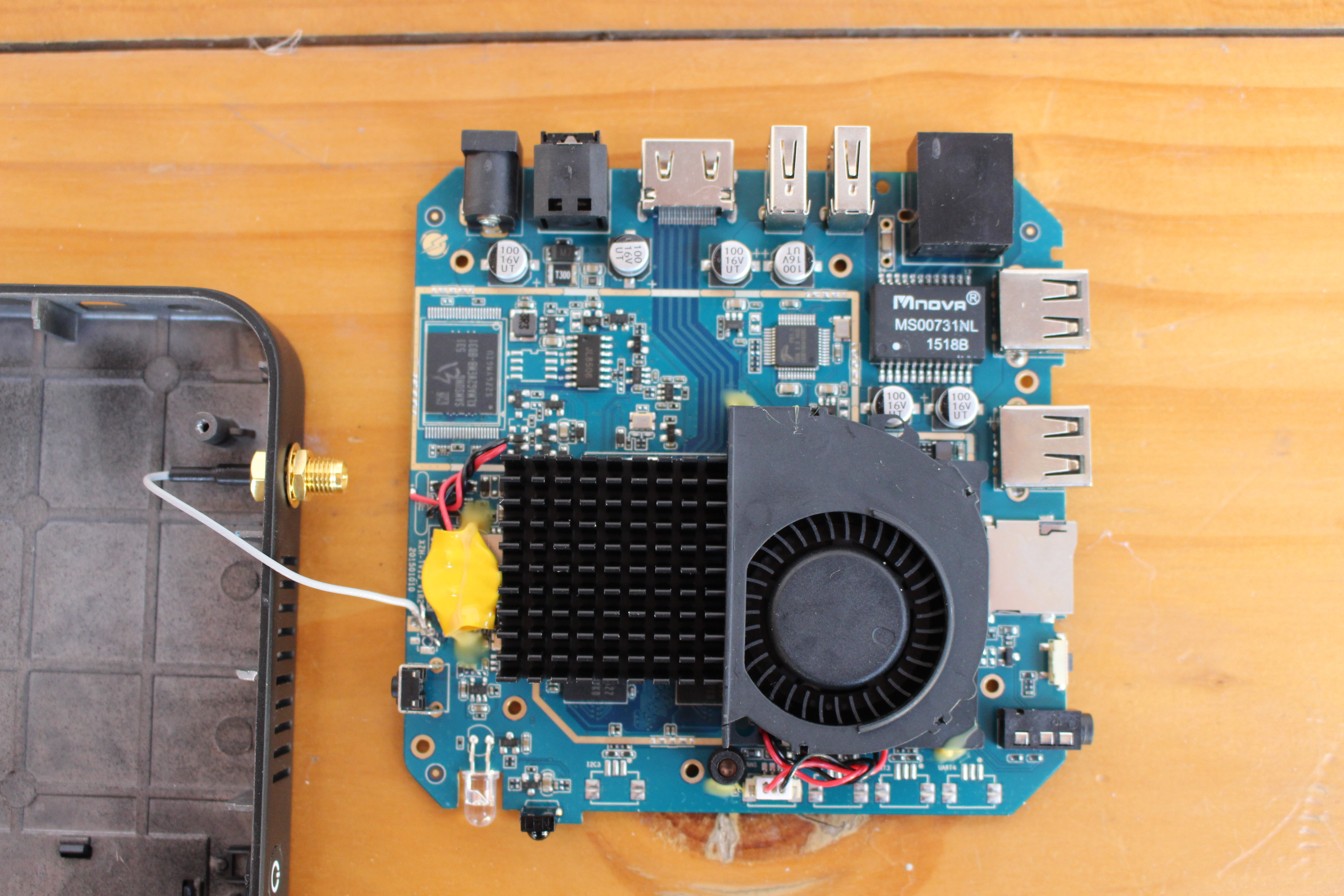 Unboxing And Teardown Of Ugoos Ut4 Android Tv Box With A