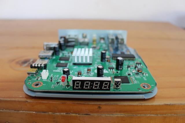 U4_Quad_Hybrid_LCD_Display