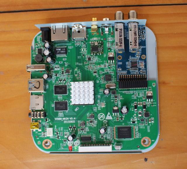 U4 Quad Hybrid Board (Click to Enlarge)