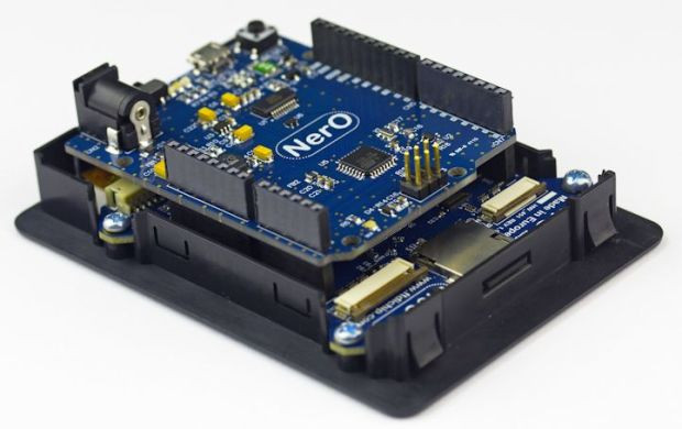Cleo touchscreen display for arduino uno comes with