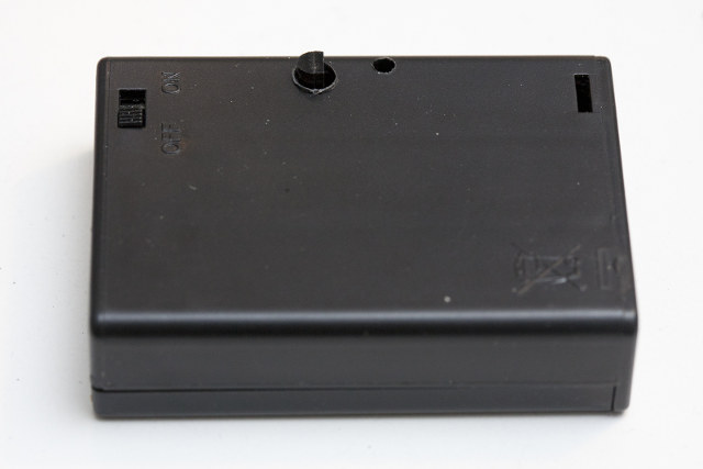 Triple AA Battery Case Closed