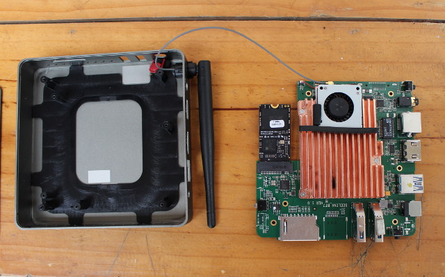Beelink_BT7_WiFi_Antenna_Open_Case