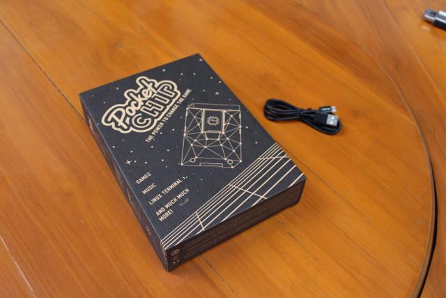 Review of PocketCHIP Hackable Handheld Linux Computer