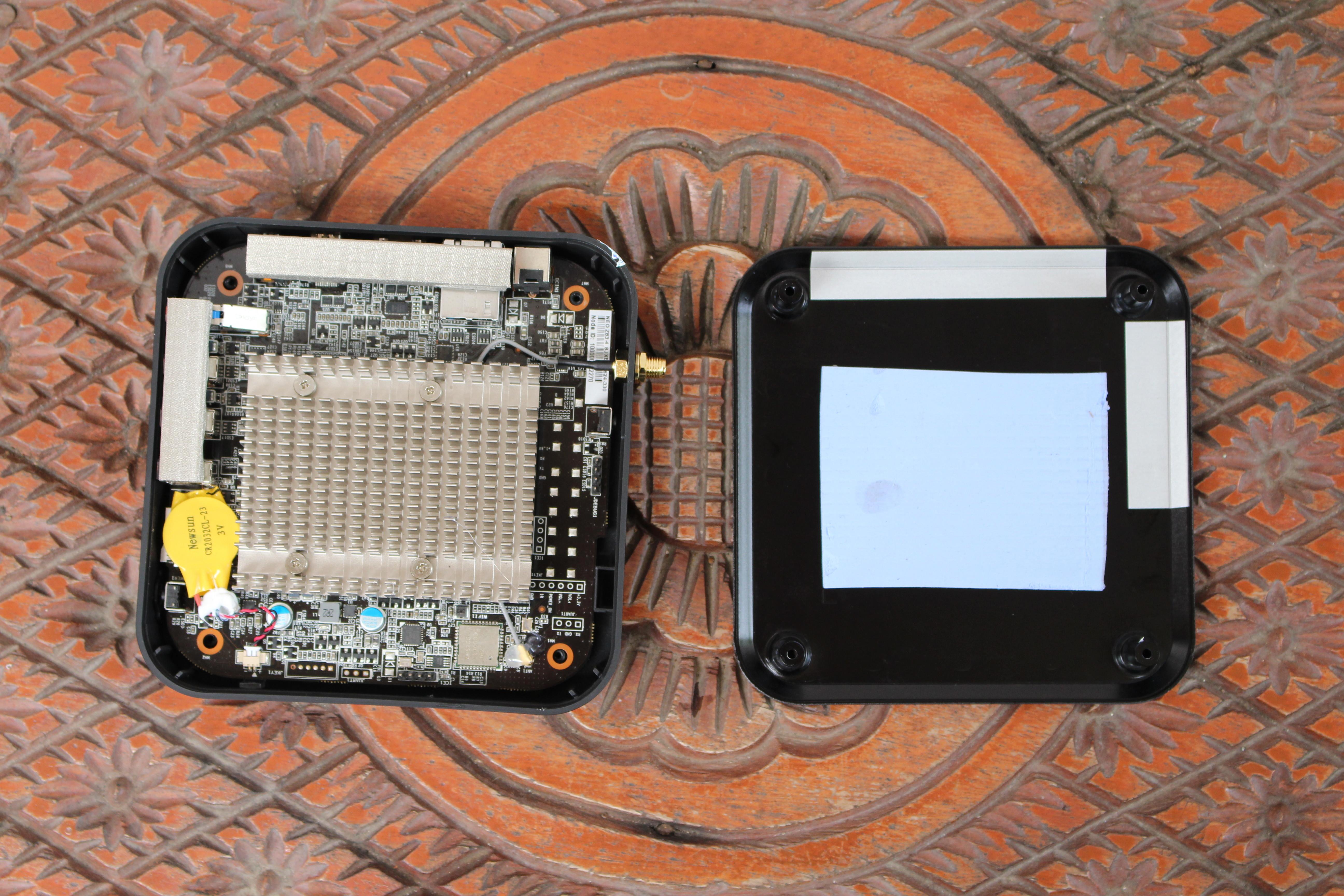 MINIX NEO Z83-4 Fanless mini PC Review - Part 1: Specs, Unboxing and