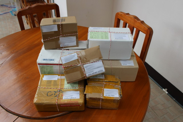 giveaway-winners-parcels