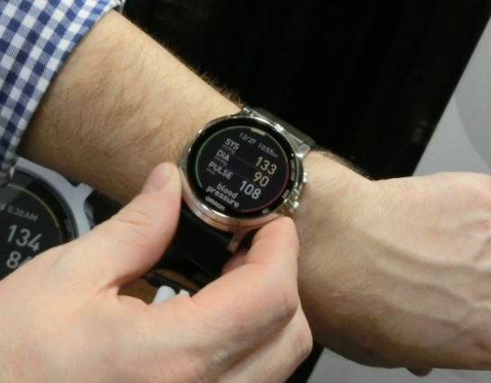 blood-pressure-smartwatch