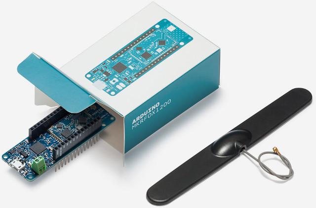 Arduino mkrfox board combines microchip sam d mcu