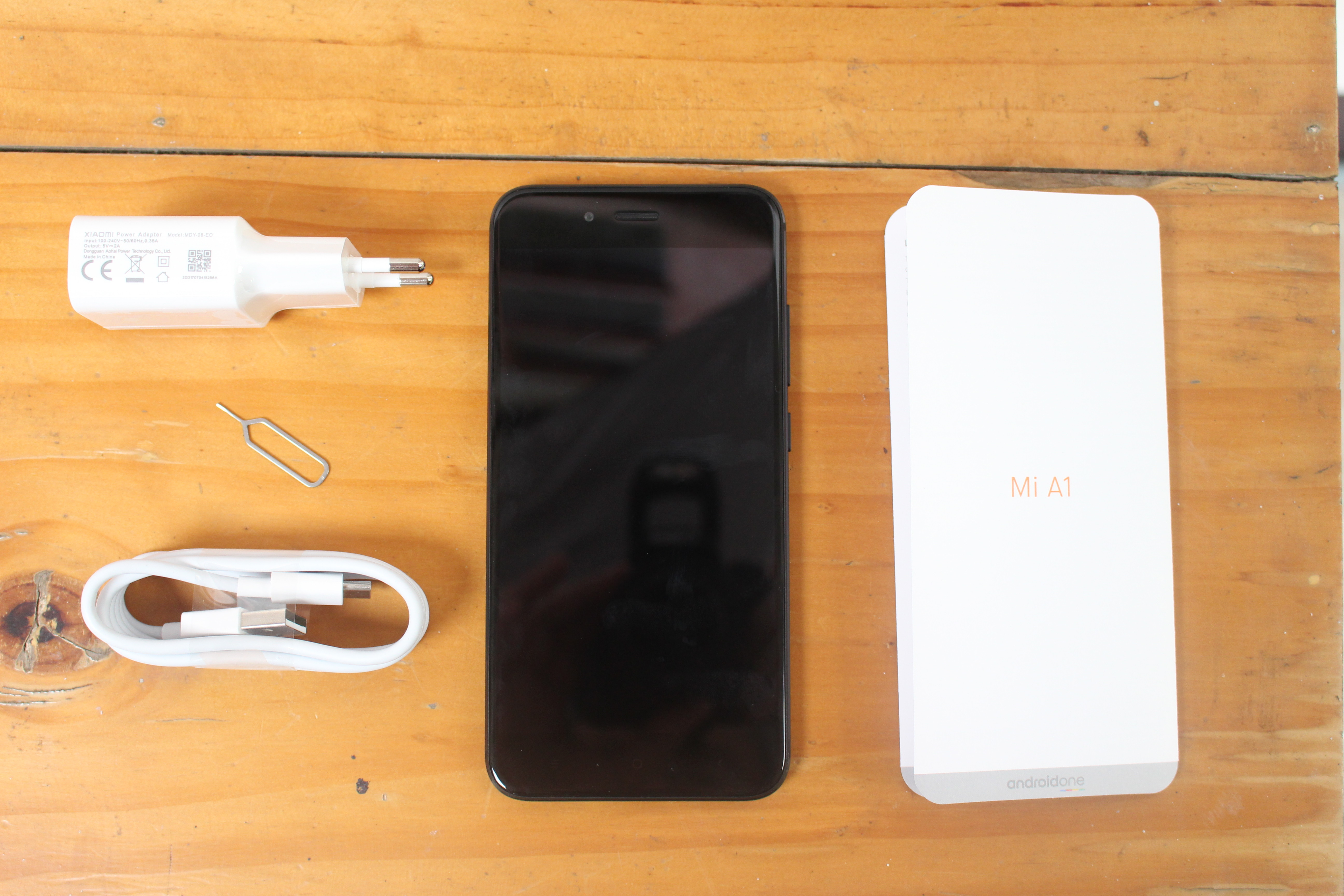 Xiaomi Mi A1 Review - Part 1: Unboxing, First Boot, Firmware