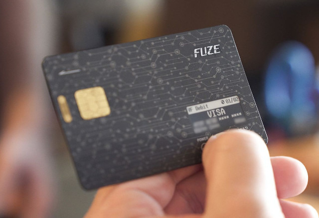 FUZE-Bluetooth-Credit-Card