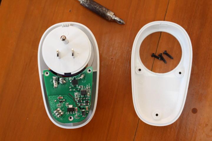 Sonoff S26 Smart Socket Mini Review & Teardown