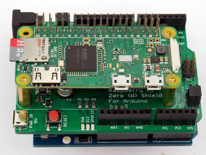 Raspberry Pi Zero W Arduino Shield with Raspberry Pi Zero W