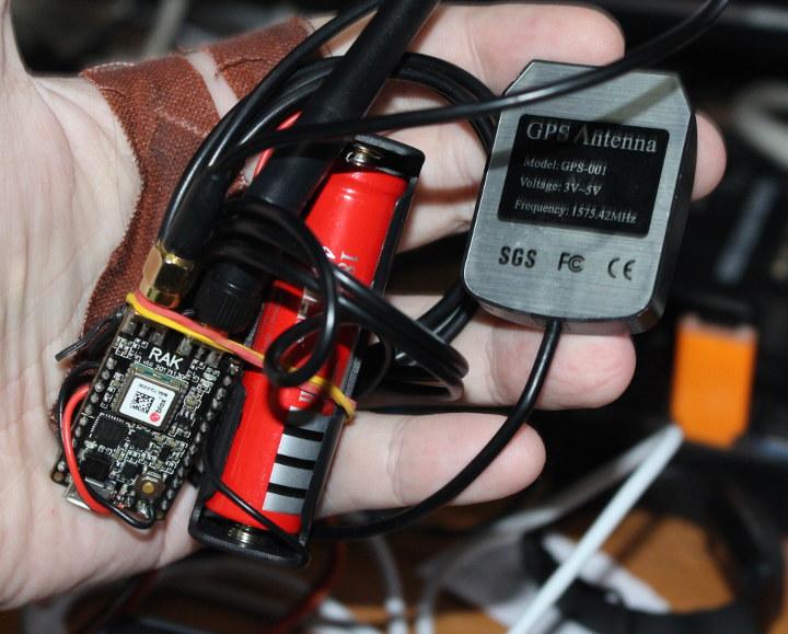 LORA-GPS-Tracker