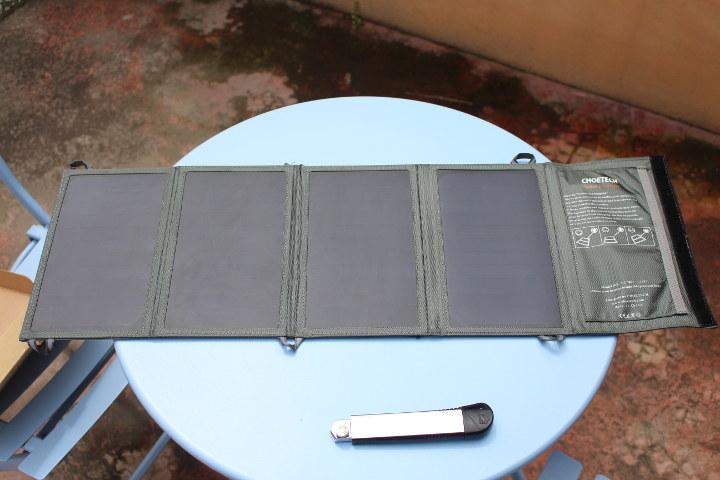 Foldable Solar Panels Smartphone