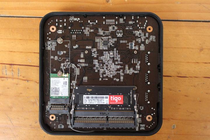 MINIX NEO J50C-4 RAM 슬롯 WiFi 카드