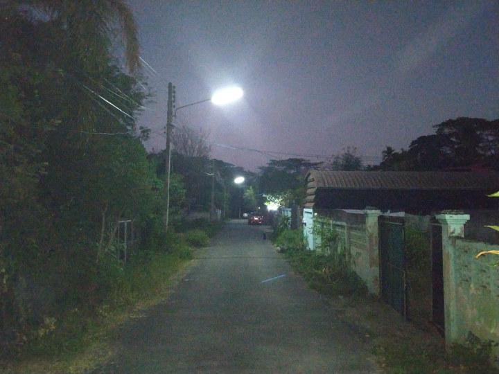Xiaomi Mi A2 camera dark scene