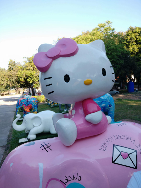 Xiaomi Mi A2 selfie camera hello kitty