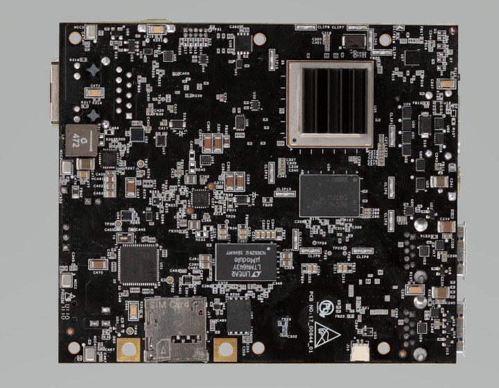 AI-ML i.MX 8X Board