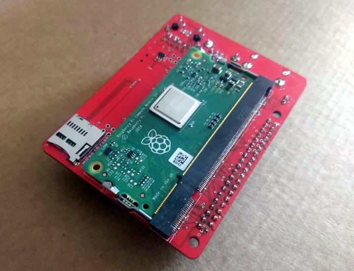 Raspberry Pi Compute Module 3+ Breakout Board
