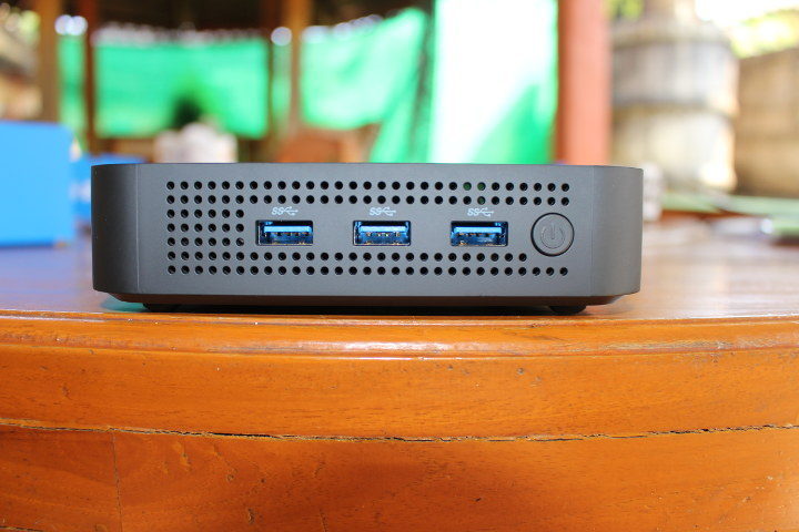 Mini PC 3x USB 3.0 Ports