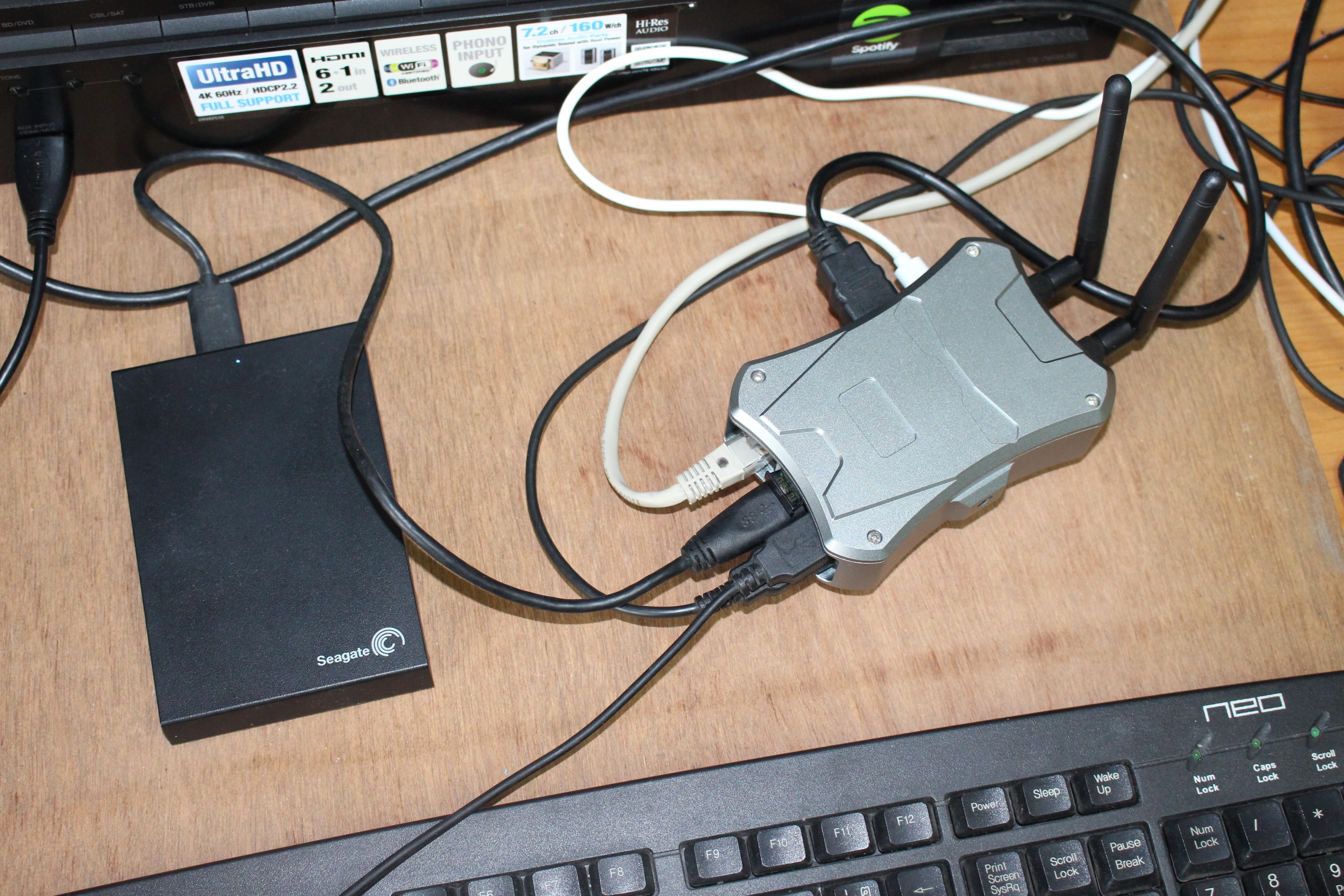 NanoPi M4V2 Kit Review - Part 2: FriendlyCore Desktop