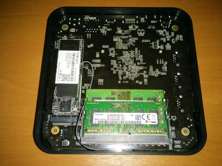 J50C-4 SSD & RAM