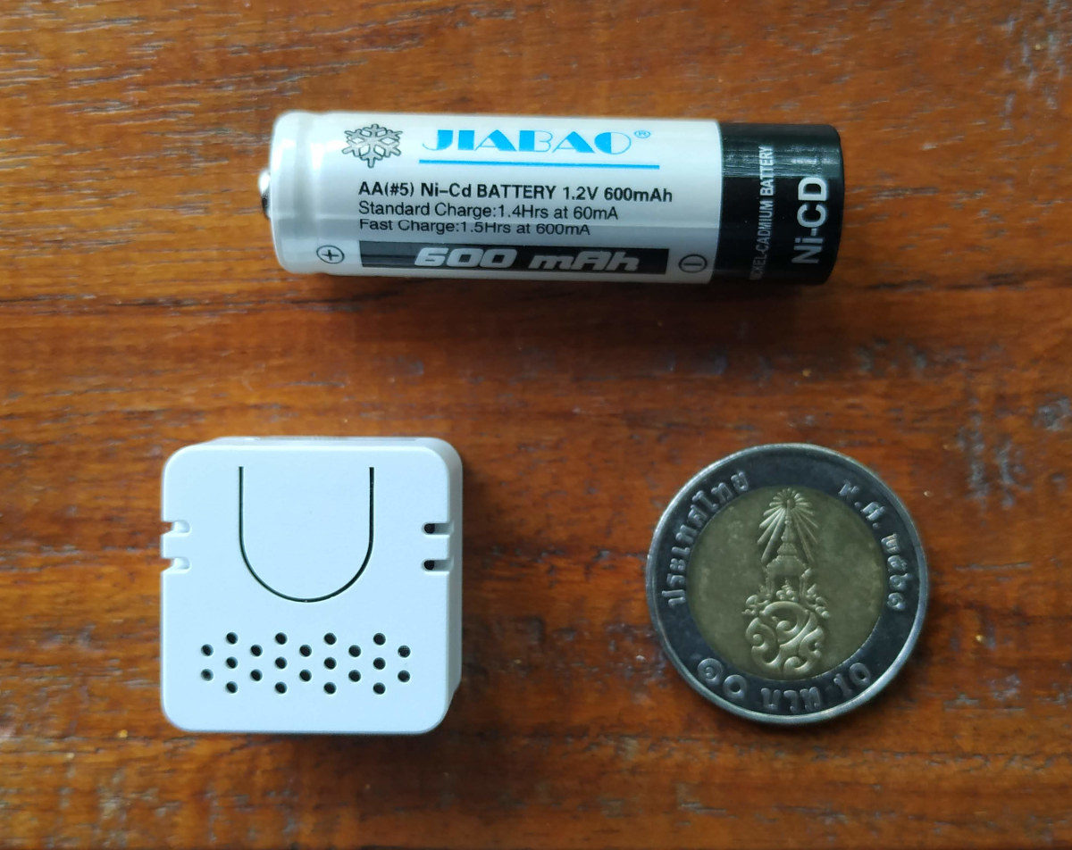 Coin-Sized Bluetooth Speaker