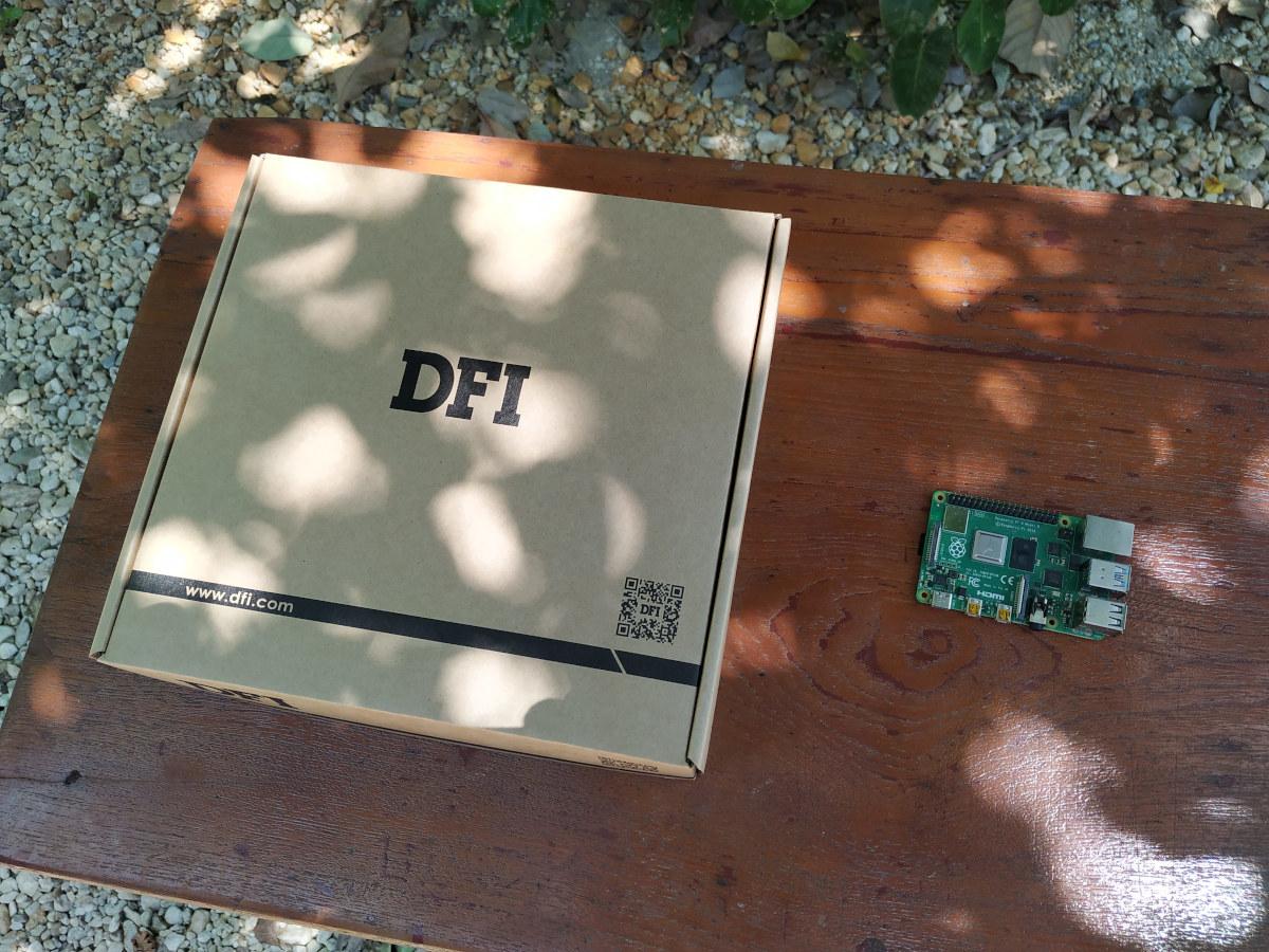 DFI AMD Ryzen Embedded-SBC-Package vs Raspberry Pi 4