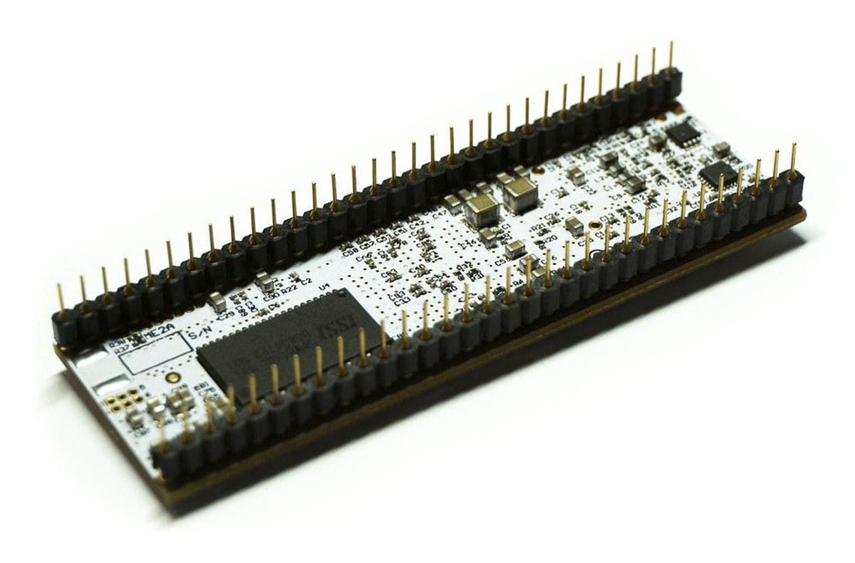 Breaboard-friendly FPGA Board