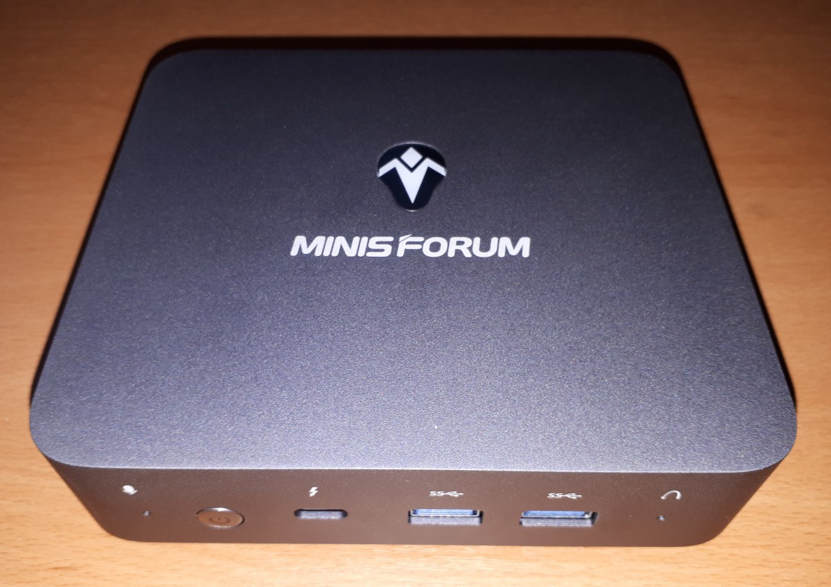 MINISFORUM X35G Review