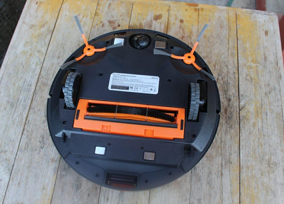 Kyvol Cybovac S31 charging brushes