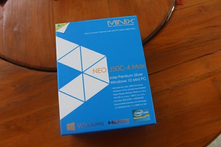 MINIX mini PC package