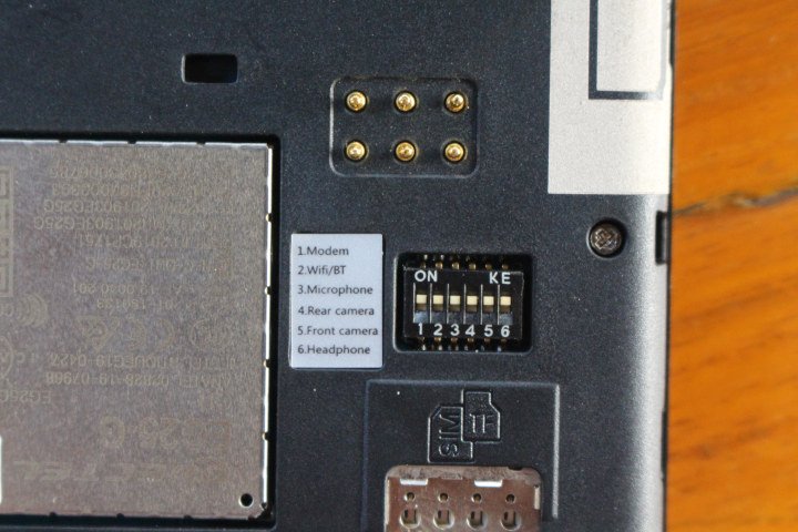 PinePhone SIM Card, Privacy Switches