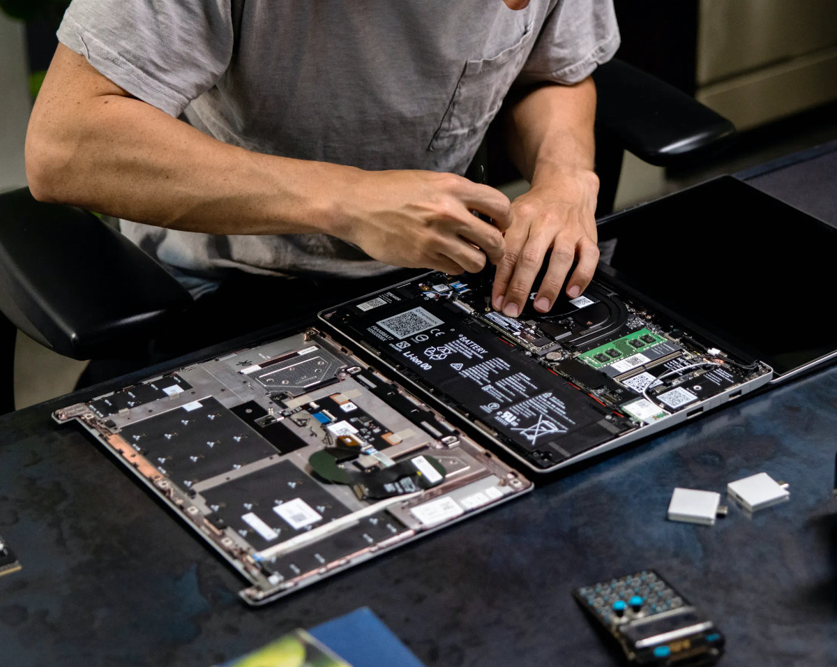 Repair Framework Laptop screwdriver