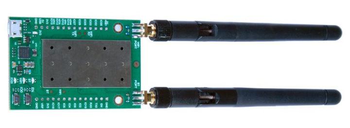 ESP32 board high-gain antennas